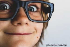 HOW TO CONVINCE YOUR PARENTS TO BUY YOU A PHONE TODAY!